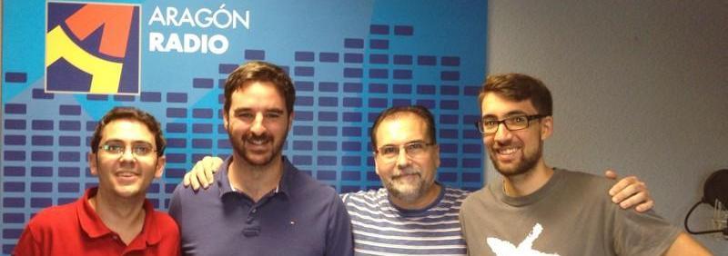 Fernando, con los compañeros de Aragón Radio